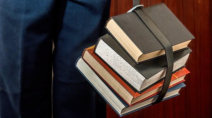 Business Books: 170 Plus Books Every Entrepreneur Should Read