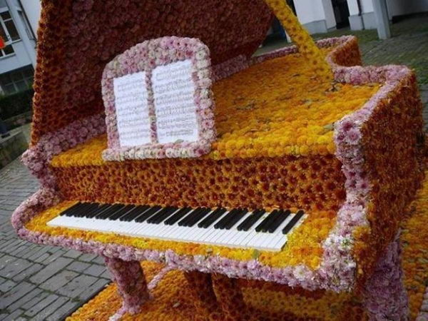 20 Creative Old Piano Repurposing Ideas 2017