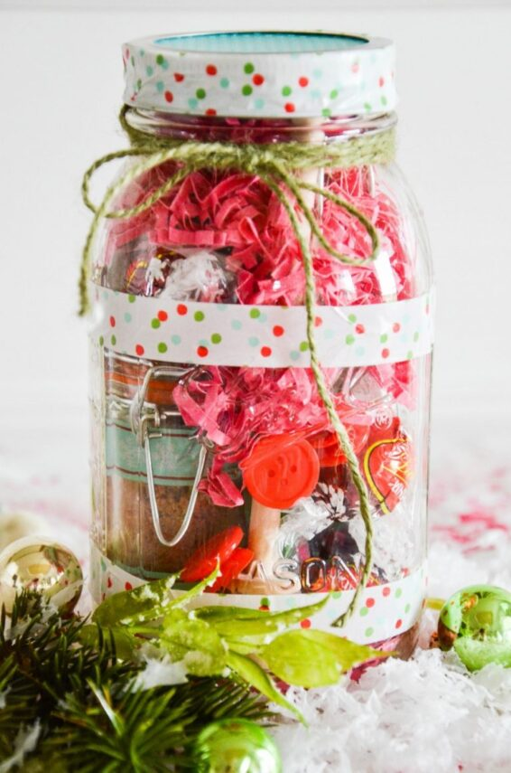 Speciality teas and tea ingredients in a mason jar