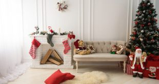 50 Best Frugal Christmas Decorations