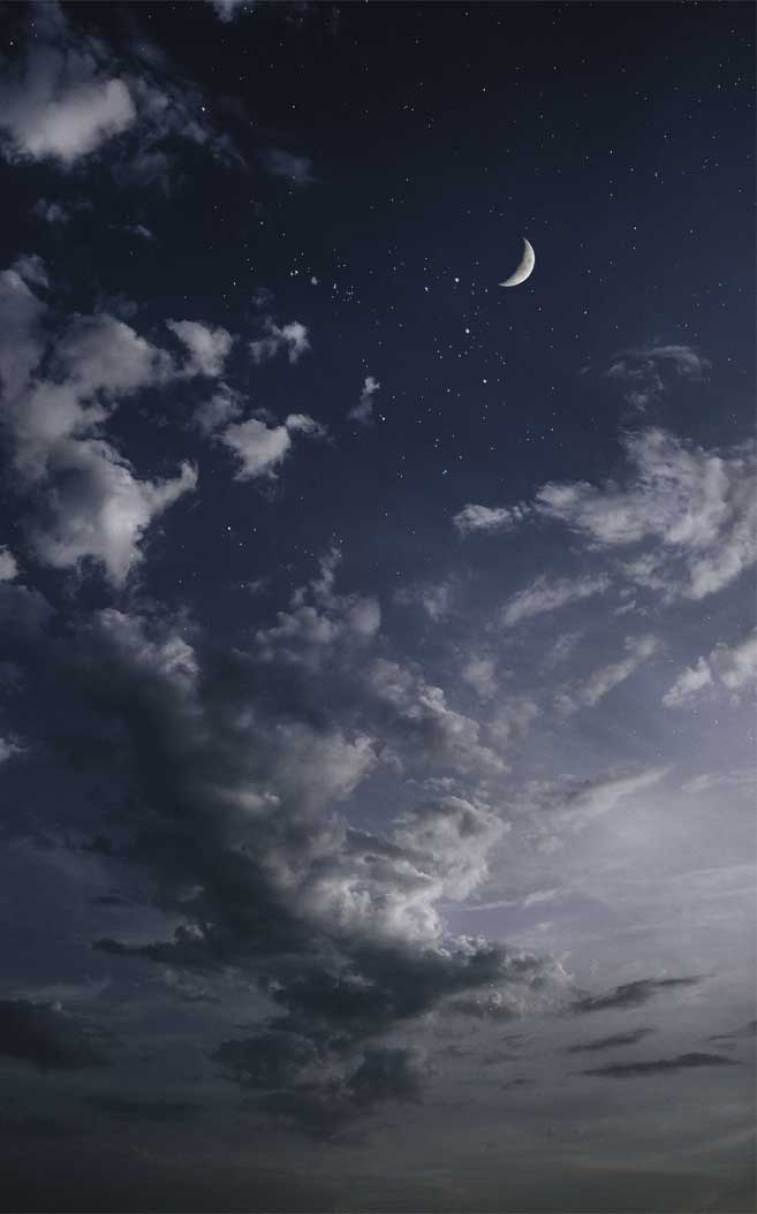 Can you see those stars and the crescent moon? Blue sky #sky #stars #wallpaper