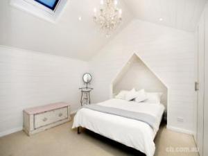dormitor mansarda glet rigips