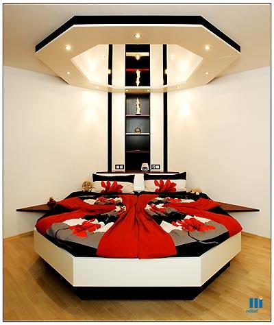 dormitor cu scafa din rigips deasupra unui pat in 6 colturi