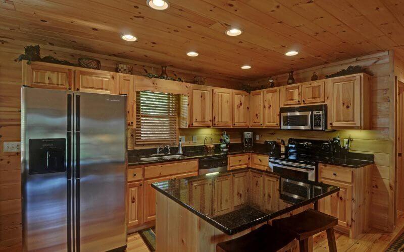 bucatarie casa vacanta din lemn
