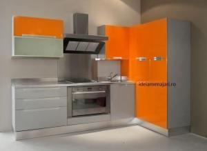 bucatarie portocaliu cu maro 33