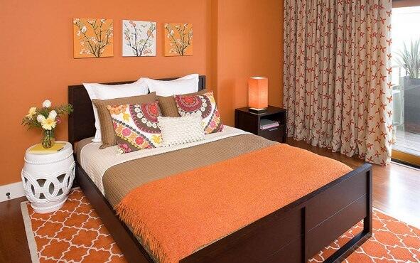 dormitoare portocalii 2015
