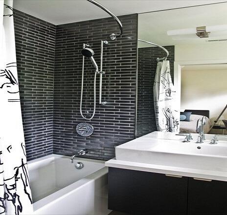 baie alb negru mica