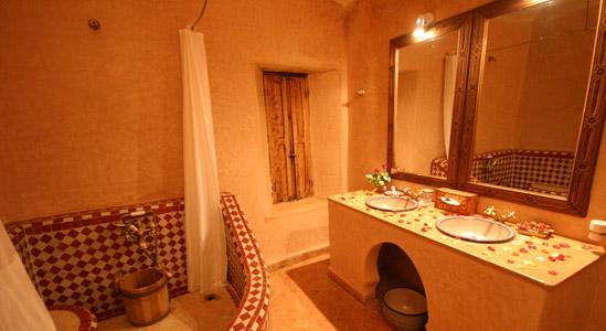 amenajare decorul marocan in baie