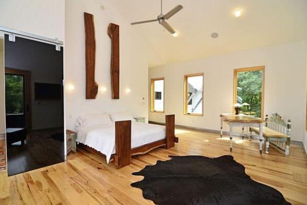 dormitor modern pat rustic