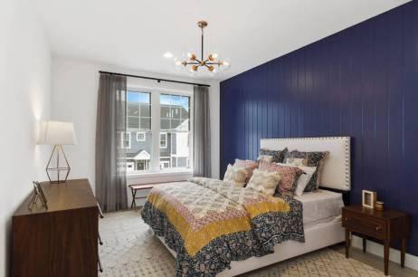 dormitor mic lambriu pvc albastru