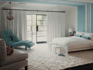 dormitor modern albastru si alb