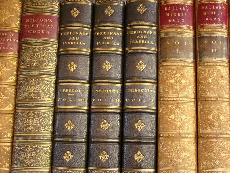 Livros antigos no mercado da Portobello Rd.