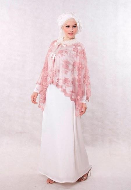 Baju-Pesta-Muslim-Broken-White-Sweet-Romantic-Dress