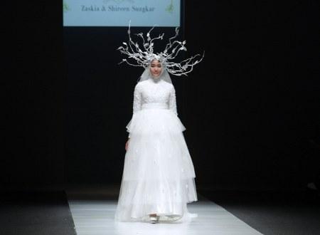 divine wedding dress Zashi