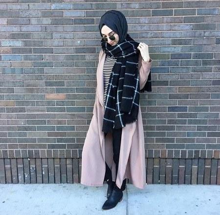 Dress Hijab dan Sepatu Boot (8)