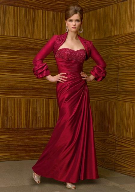 long-dress-gaun-pesta-merah