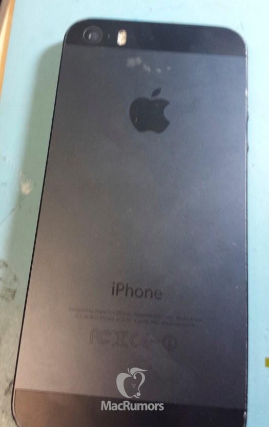 Tampak Belakang iPhone 5S