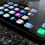 iOS 13 Dark Mode