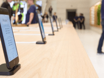 To prevent theft, Apple has activated special functions on the iPhone from exposure in Store