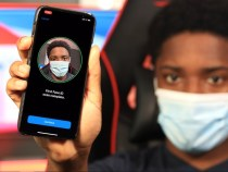 iOS 14.5 can automatically unlock the iPhone when we wear the face mask and an Apple Watch
