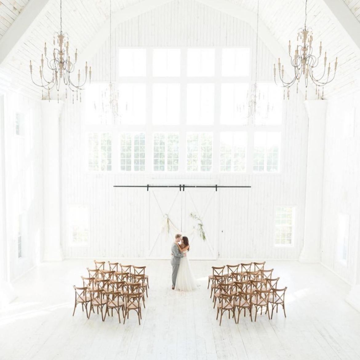 Inspirasi tempat pernikahan indoor di Bandung