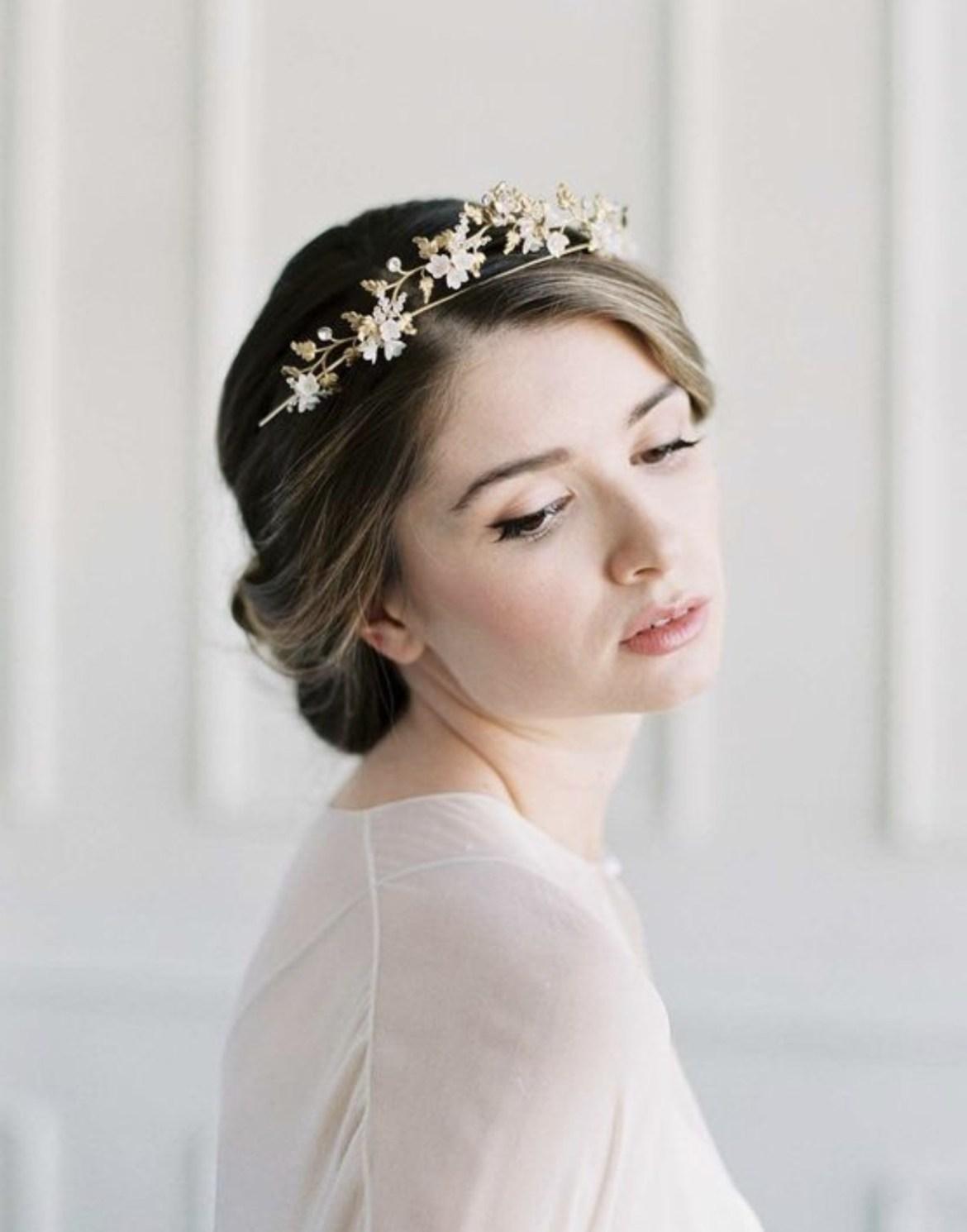Penggunaan Mahkota Untuk Pengantin Pernikahan