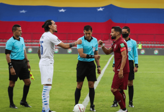 Venezuela ante Paraguay en Mérida.