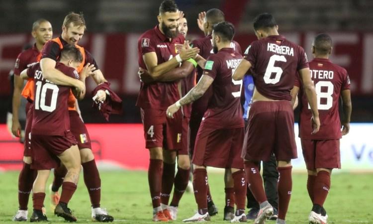 Venezuela derrotó 2-1 a Chile en la fecha 4 de las Eliminatorias a Qatar 2022.