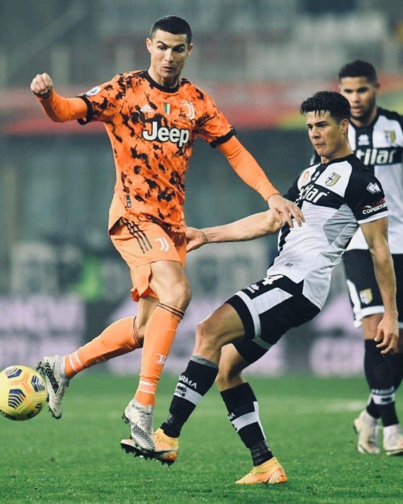 Yordan Osorio contra Cristiano Ronaldo.