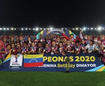 Las venezolanas Ysaura Viso y Nubiluz Rangel ganaron el título de Colombia con el Santa Fe Leonas.