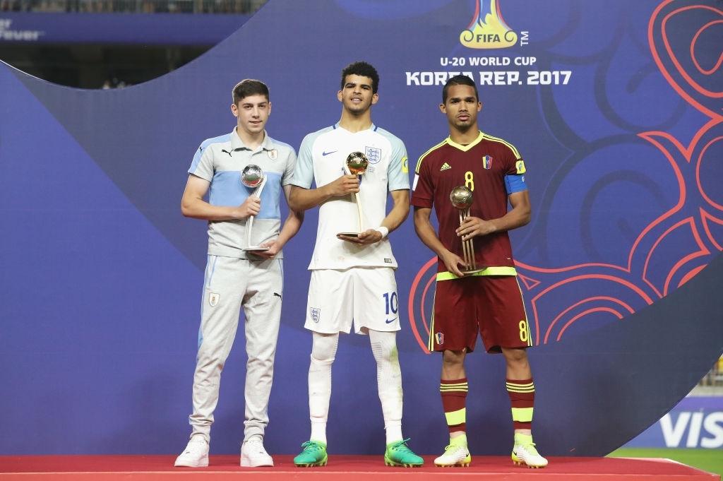 Yangel Herrera junto con Fede Valverde y Dominic Solanke, los tres mejores del Mundial sub 20 de 2017