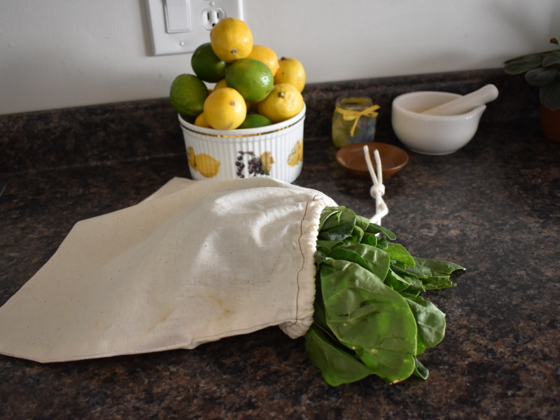 Spinach in a Greens Muslin Bags