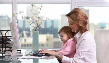 Με ποιους φόβους έρχεται αντιμέτωπη η εργαζόμενη μητέρα