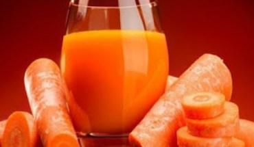 Έπινε χυμό καρότο κάθε μέρα για 8 μήνες: ΔΕΙΤΕ την τρομερή αλλαγή!