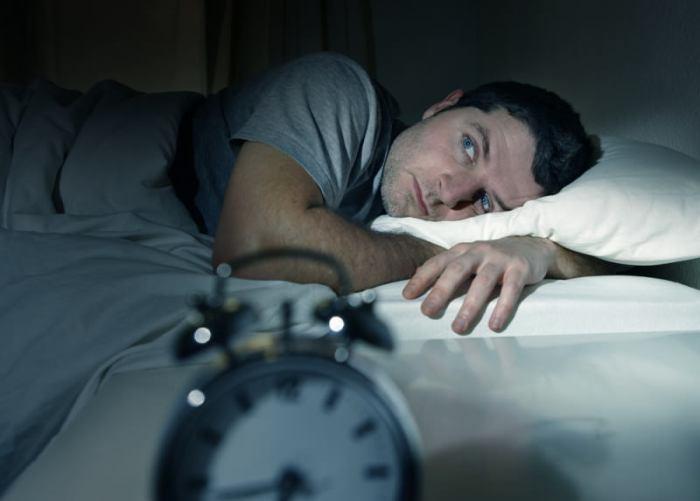 7 Προειδοποιητικά Σημάδια-Καμπανάκια που δείχνουν ότι ο Οργανισμός σας Χρειάζεται Αποτοξίνωση. Δώστε Προσοχή στο #5!