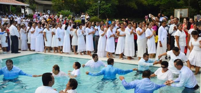 Registro fotográfico, bautismos en Meta (Colombia) Febrero 2017