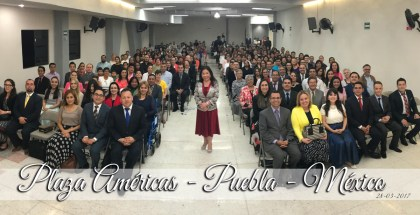 Bible Study in Plaza Americas, Puebla, Mexico (Gallery)