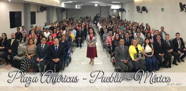 Fotos del Estudio Bíblico en Plaza Américas, Puebla, México