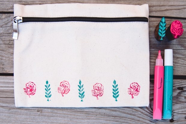 useful storage bag block printed used to tidy laundry