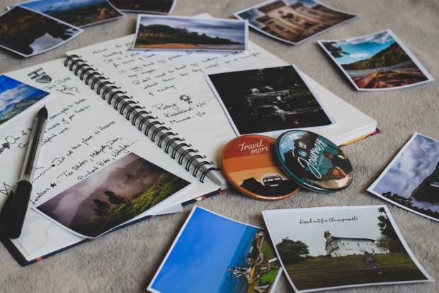 how to make a lockdown scrapbook