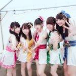 HAPPIPPI wollen die Liebe mit Shuriken fangen im neuen Musikvideo