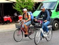 verona-ethnic-minority-cyclists-2
