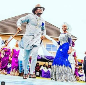 SEE SWEET LOVE!!! THESE AMAZING OUTFITS FOR TRADITIONAL MARRIAGES WILL MAKE YOU MOVE YOUR WEDDING DATE!  niger deltaweddings 300x296