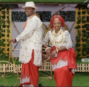 SEE SWEET LOVE!!! THESE AMAZING OUTFITS FOR TRADITIONAL MARRIAGES WILL MAKE YOU MOVE YOUR WEDDING DATE! nigerdelta weddings 300x294