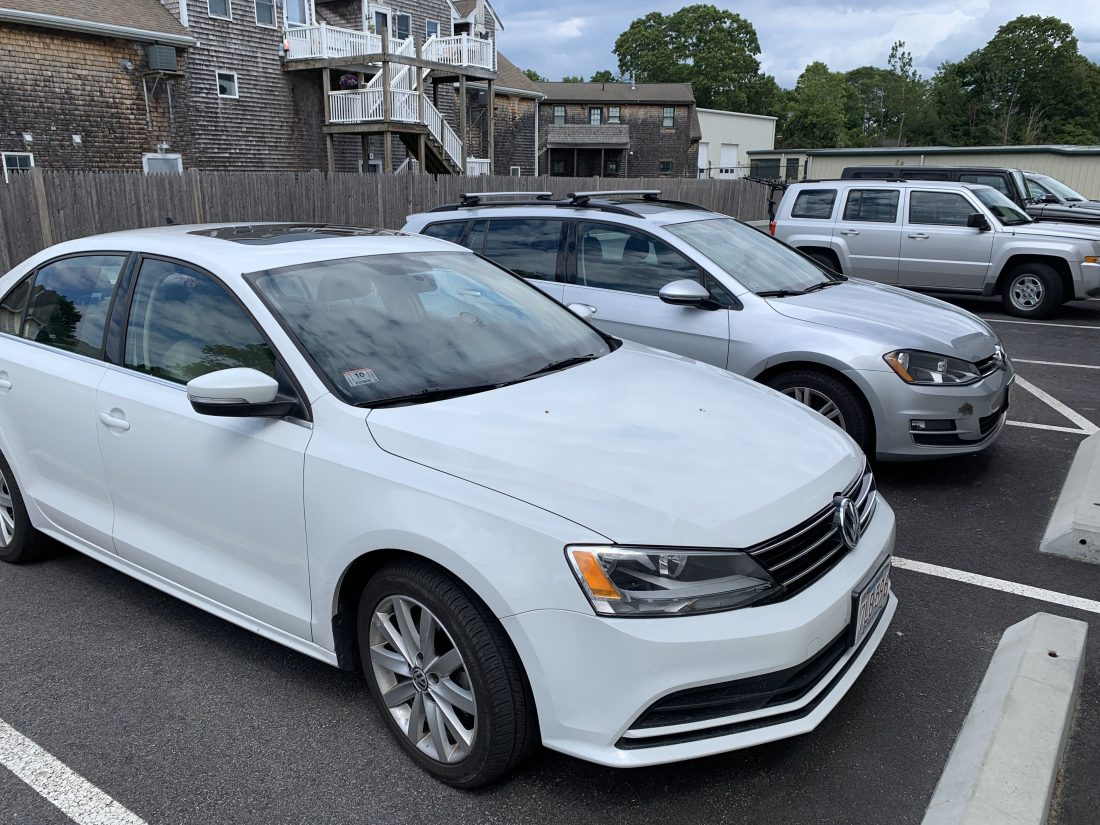 Mk6 Jetta in Front of Mk7 Wagon