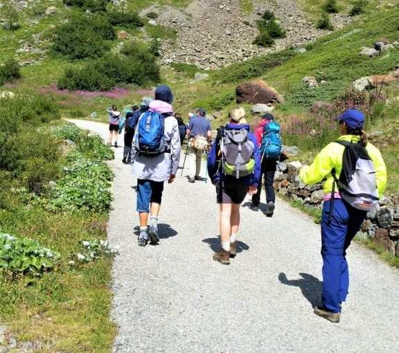 4f803fa3ecee Top 5 Gifts for Hikers - Basic Day Hike Gear