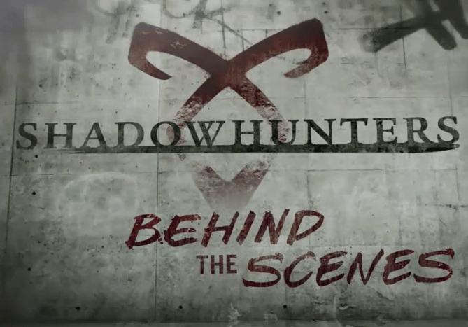 """[VIDEOS LEGENDADOS] Mais dois vídeos de bastidores da 2ª temporada de """"Shadowhunters"""""""