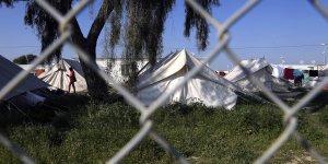 35 μετανάστες τραυματίστηκαν σε μαζική φιλονικία σε στρατόπεδο στην ελληνική Κύπρο