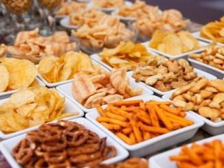 Dampak Buruk Terlalu Banyak Konsumsi Makanan Ringan