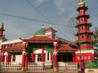 Wisata Religi di Masjid Cheng Ho